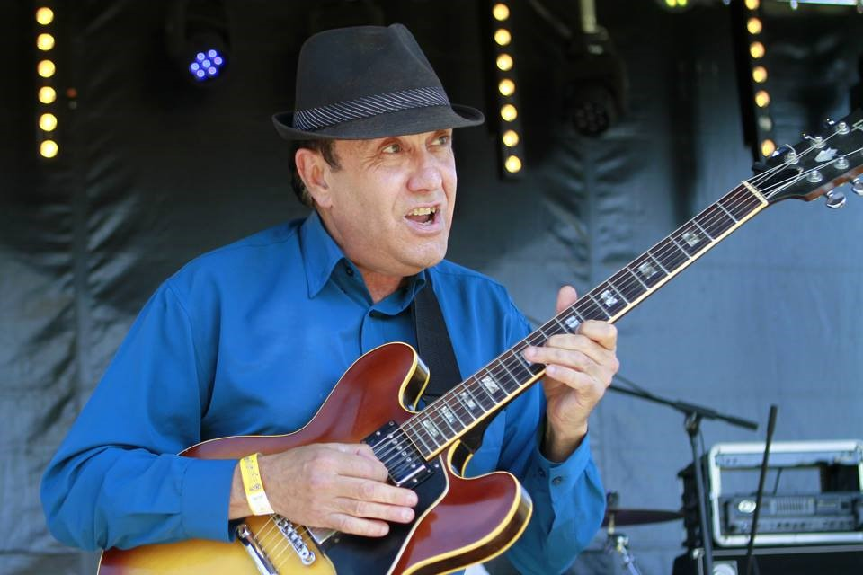 Billy Whitton and the James Alley Blues Band..