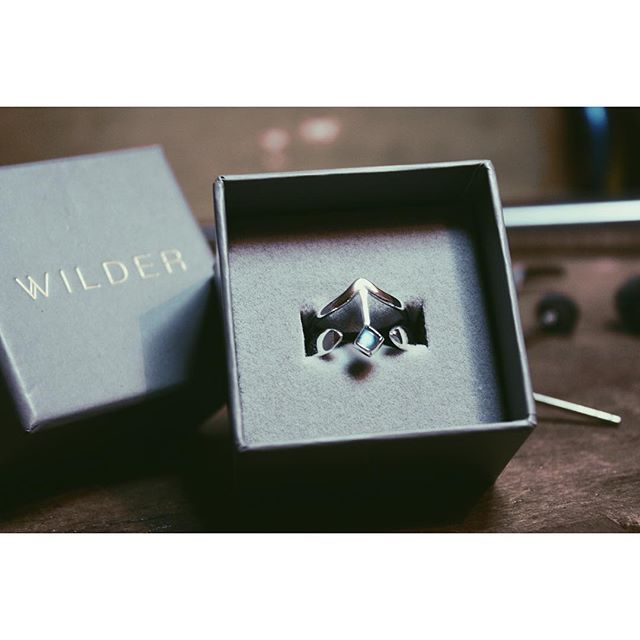 Intueri Ring I for the lovely @chloesophie_ to add to her set 💕 • • #wilder #wilderjewellery #jewellery #jewelry #silver #labradorite #chunkyring #silverjewellery #rings #atthebench #handmade #bespoke #bespokejewellery #jewellerydesign #gold #lifeofajeweller #shopsmall #smallbusinesslove #shopindependent #madeinlondon