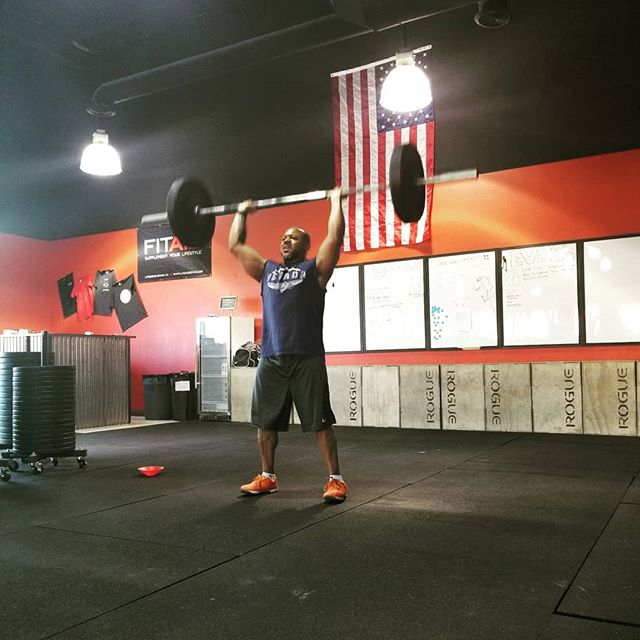 Nothing like a little burpee thruster combo to start your morning off right🤙 Awesome 6:15 am class as always,  you guys crush it👊 keep it up⬆️💯 #nnac #fitness #reno #homemeansnevada #fit #gym #crossfit #fitnessmotivation #fitspo #fitfam #strength #wellness #health #community