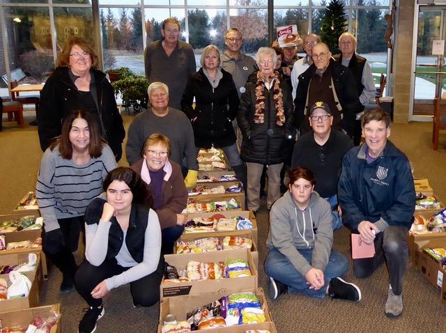 people at Howard's Holiday baskets 2018.jpeg