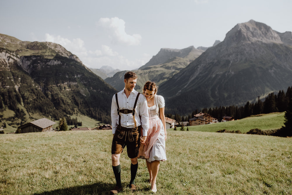 Intimate mountain wedding in the Austrian Alps - August 25, 2017