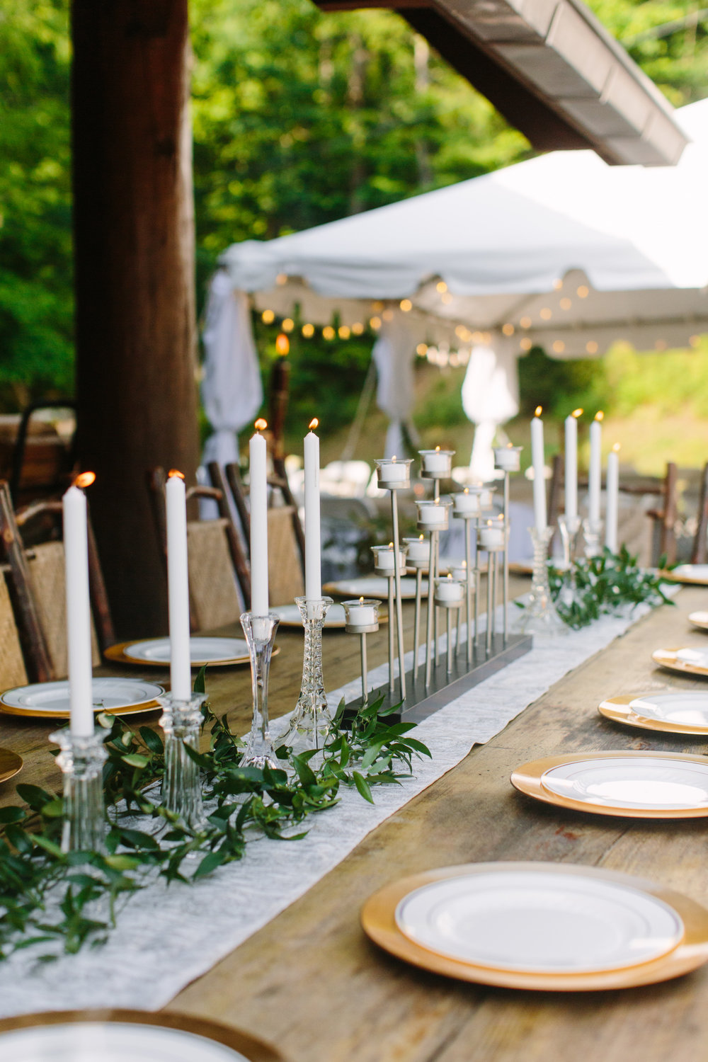 Knoxville Photographer Classic Outdoor Wedding Greenery & Candles