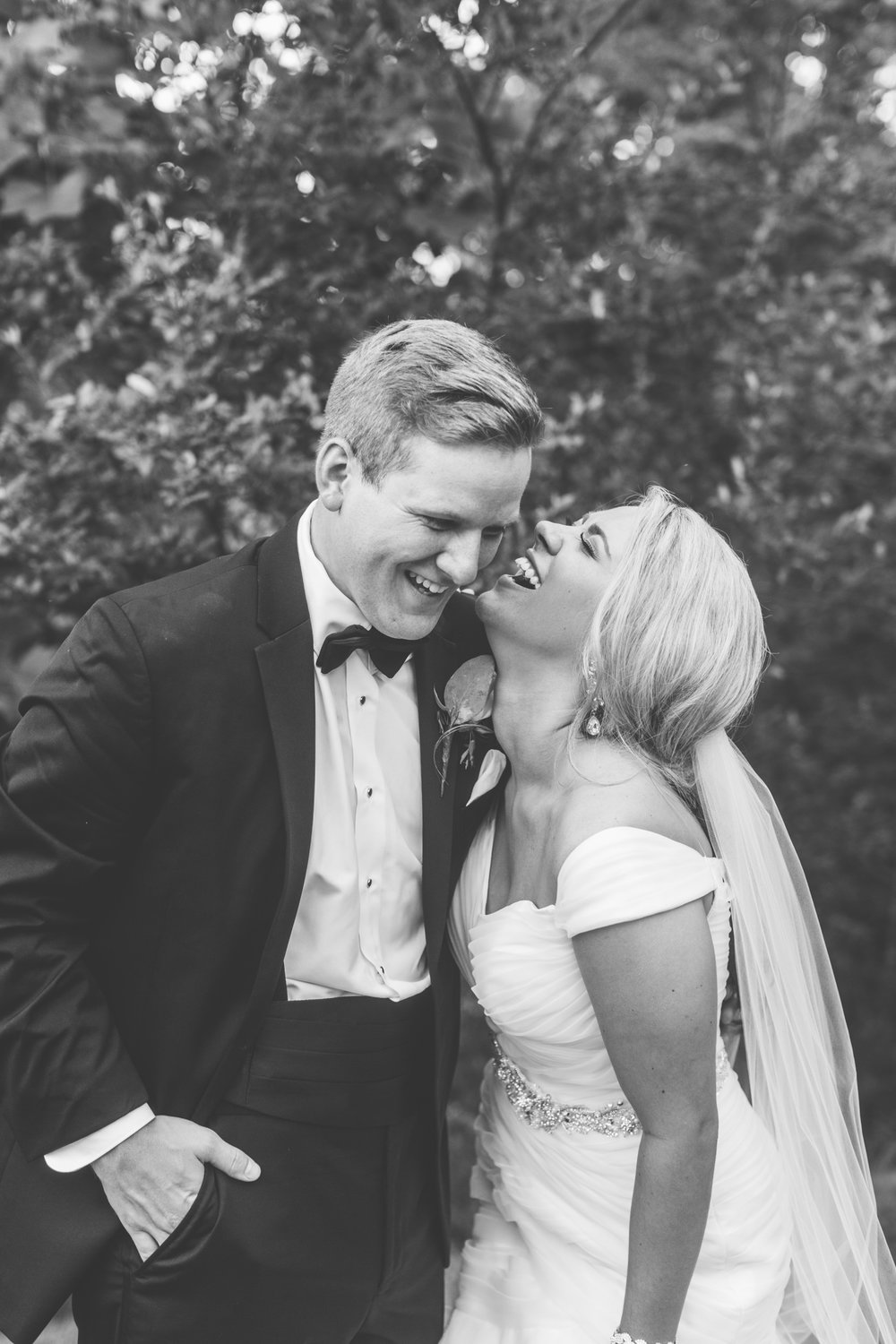 Knoxville Photographer Classic Outdoor Wedding Black & White