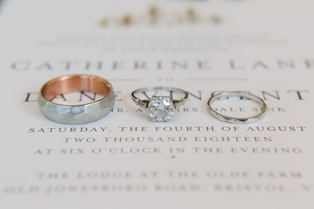 Wedding Rings & Invitation // Tennessee Photographer // Suzy Collins Photography // The Olde Farm