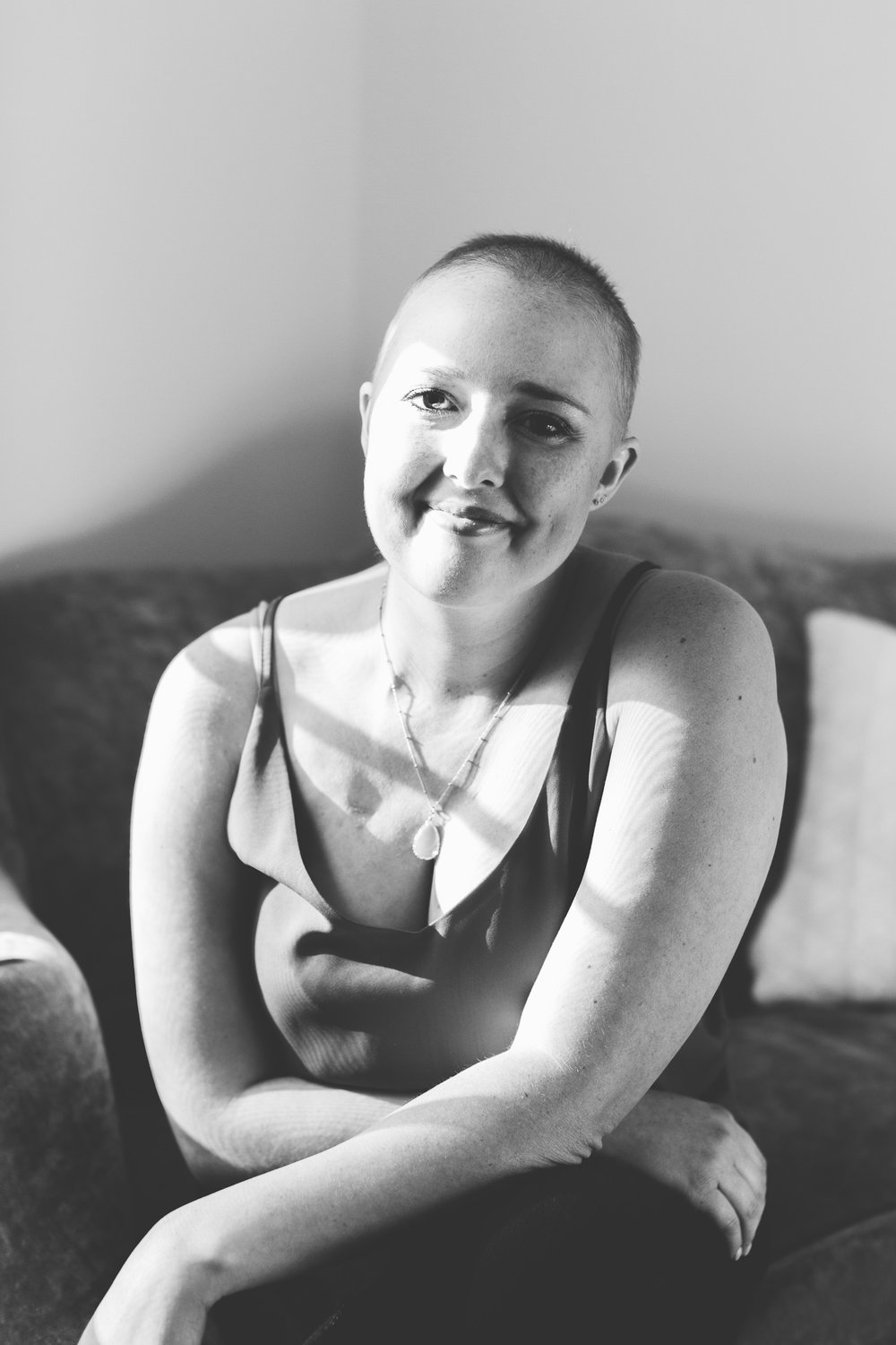 Cancer Patient Portrait // Self Love through Leukemia black and white, poses, portraits, indoor, ideas, personal, cancer fighter, leukemia, inspiration, lifestyle, outfit, fun, simple, creative, artsy, unique, natural light, light and airy, vibrant, colorful, head shots, professional, Knoxville, Tennessee