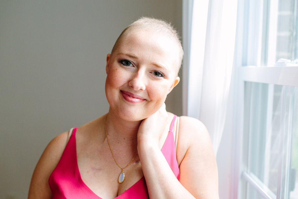 Cancer Patient Portrait // Self Love & Body Acceptance poses, portraits, indoor, ideas, personal, cancer fighter, leukemia, inspiration, lifestyle, outfit, fun, simple, creative, artsy, unique, natural light, light and airy, vibrant, colorful, head shots, professional, Knoxville, Tennessee, body positivity, acceptance