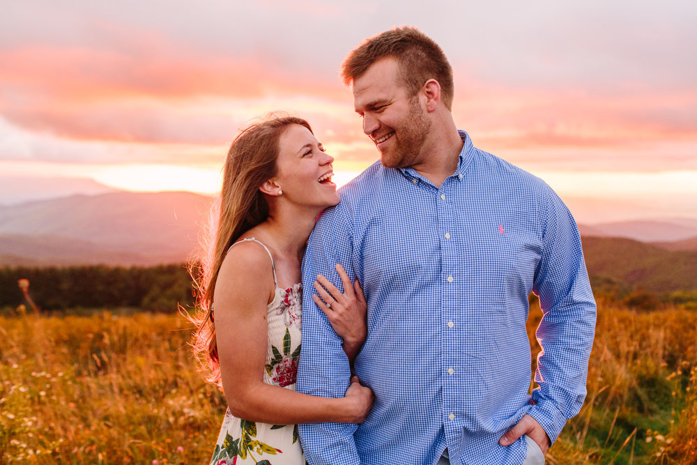 Max Patch Engagement Photos // Mountain Top Sunset // Knoxville Portrait Photographer // Suzy Collins Photography