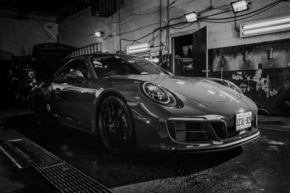 Porsche 911 Edits (16 of 56).jpg