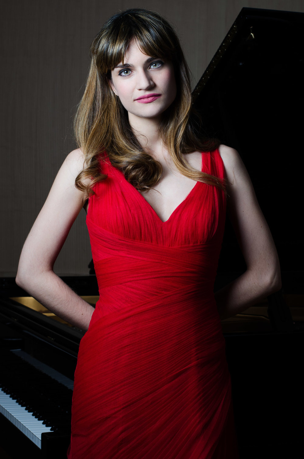 Isabel Perez Dobarro, pianist
