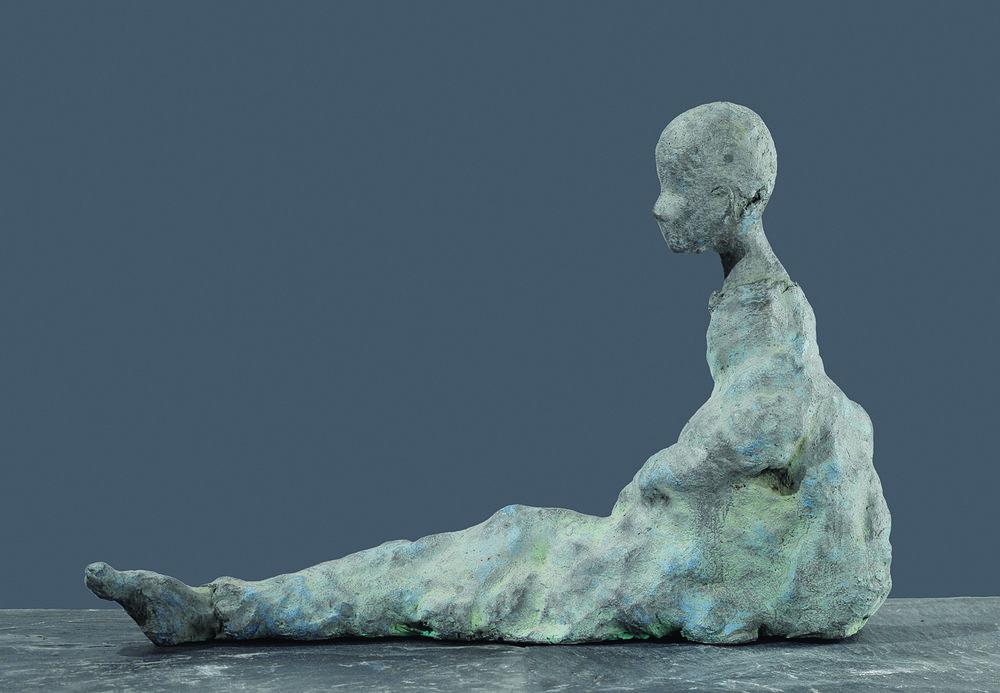 Grâce, 2003, 11.8 x 23.6 x 7.9 inches, Bronze