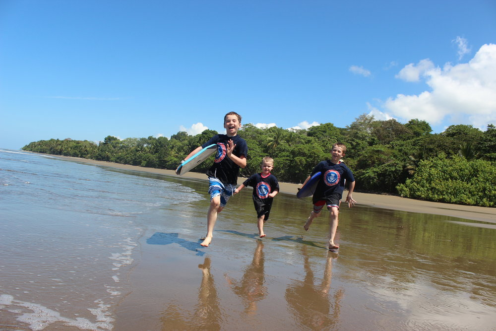 From Stacy Higgins - I couldn't help but submit this photo of Ethan, Cole and Sean Higgins on their family vacation to Uvita, Costa Rica. Of course they brought their Glengarry shirts! [GHG: of course!]