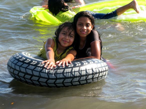-Hengi and Nayeli at the beach