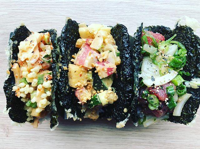 On Tuesdays we eat poke tacos 🌮🤤 #morethanpokay #tacotuesday • • • #bergeneats #surfnoturf #topfoodnews #hungryobsession #foodbeast #paramus #foodiegram #jceats #jerseycity #hoboken #jerseycityeats #seafooddiet #seafoodlover #seafoodaddict #seafoodadventures #jerseycitylocal #njisntboring #rutgers #jcupfront #pokaybowl #jerseygrammers #njallday #instayumnj #njeats