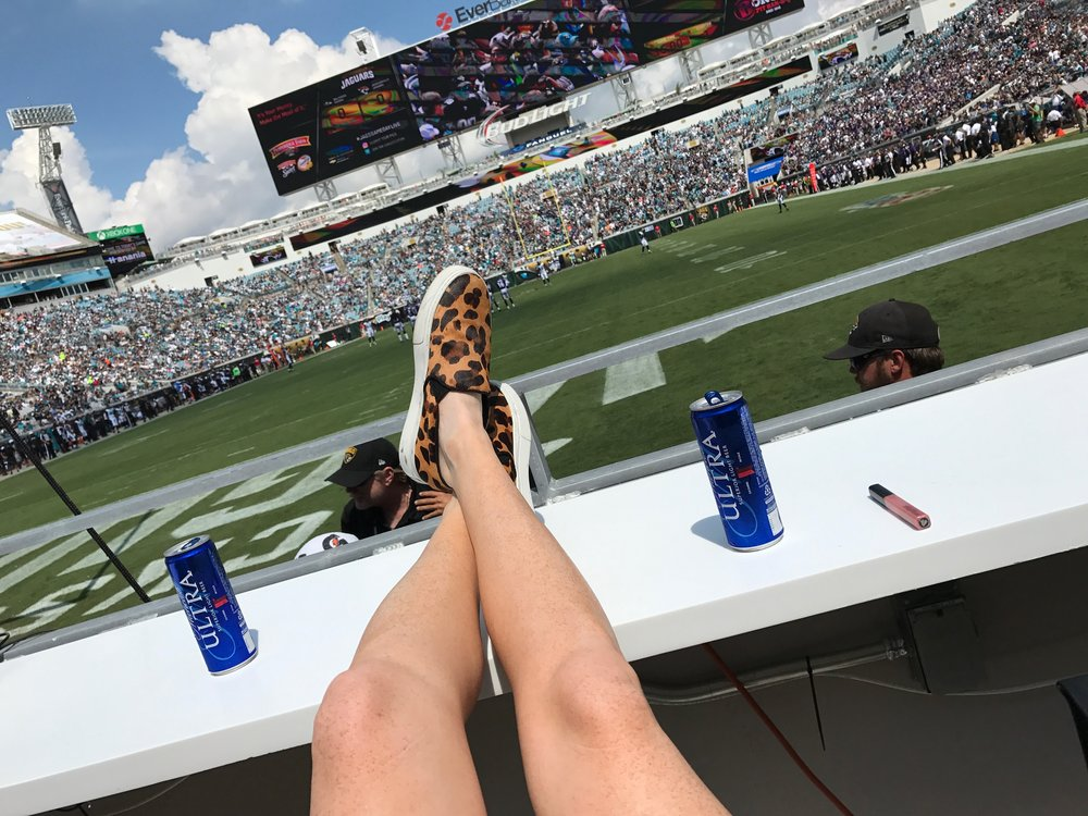 Sideline with sneakers and sun...not a bad Sunday!