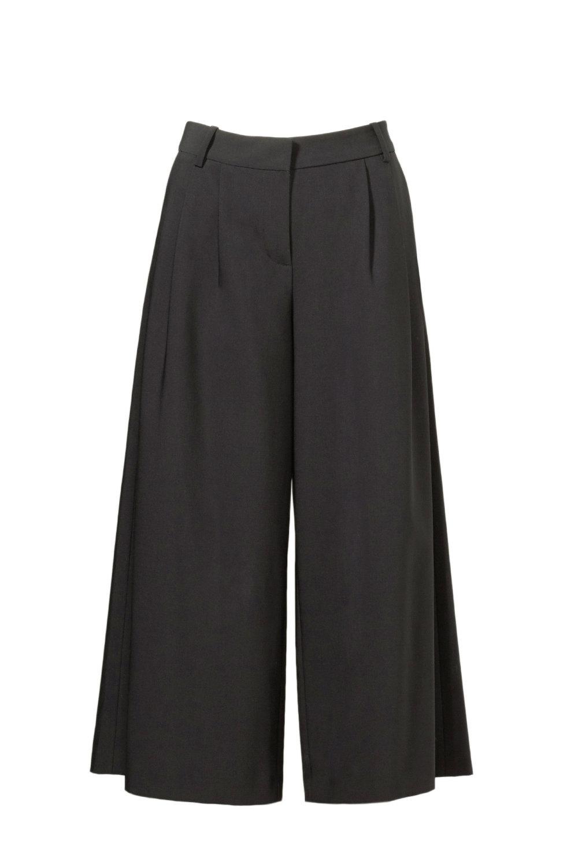 Black Pants.jpg