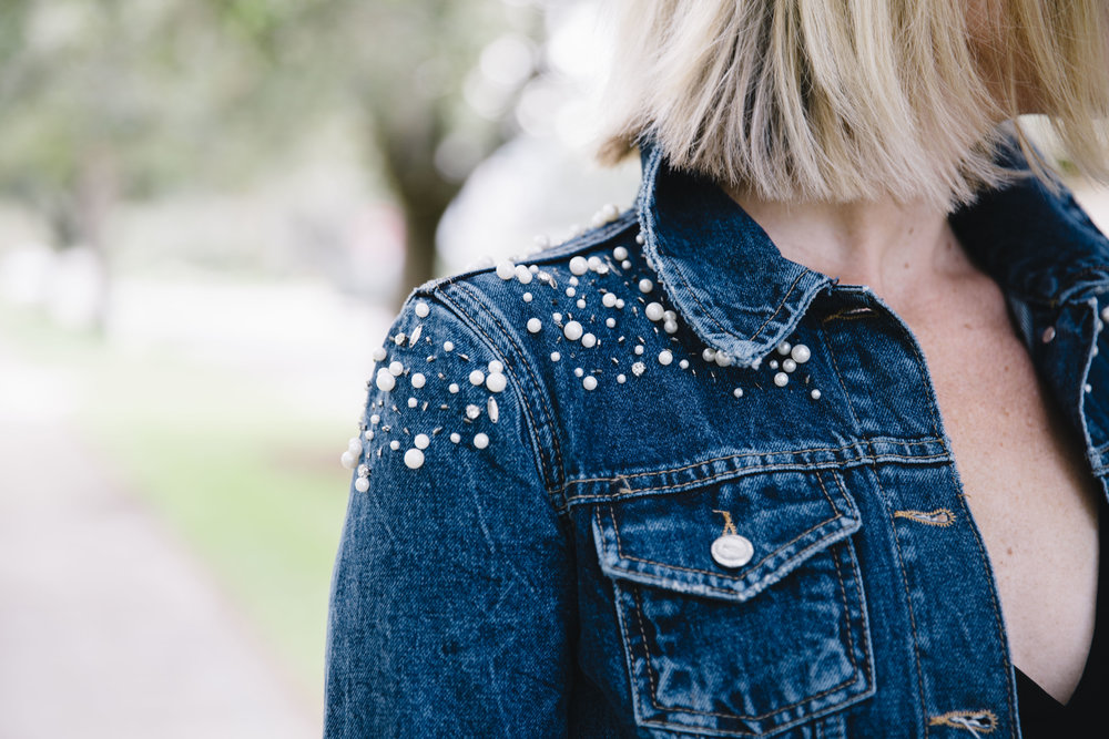Up close shot of the GORGEOUS Anthropologie jacket that you too can still get in your life prior to the holidays!