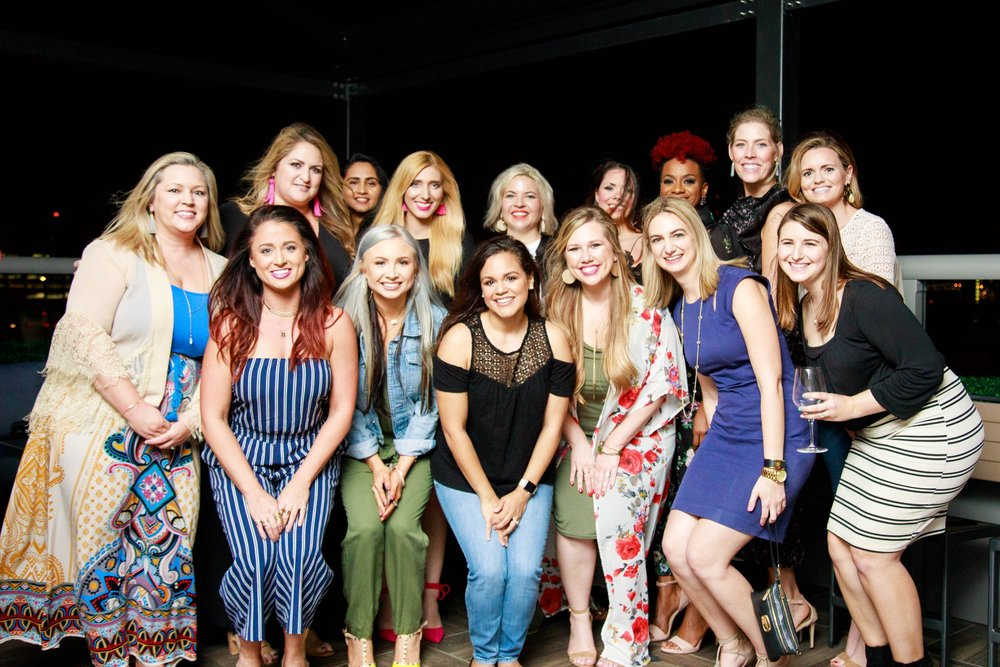 What a group of babes at the Meet Up - I'll list their blogs, businesses, and information below so you can give them all a follow!  Photo by Brandon Harrington of Studio Chic Photography, Jacksonville, Florida