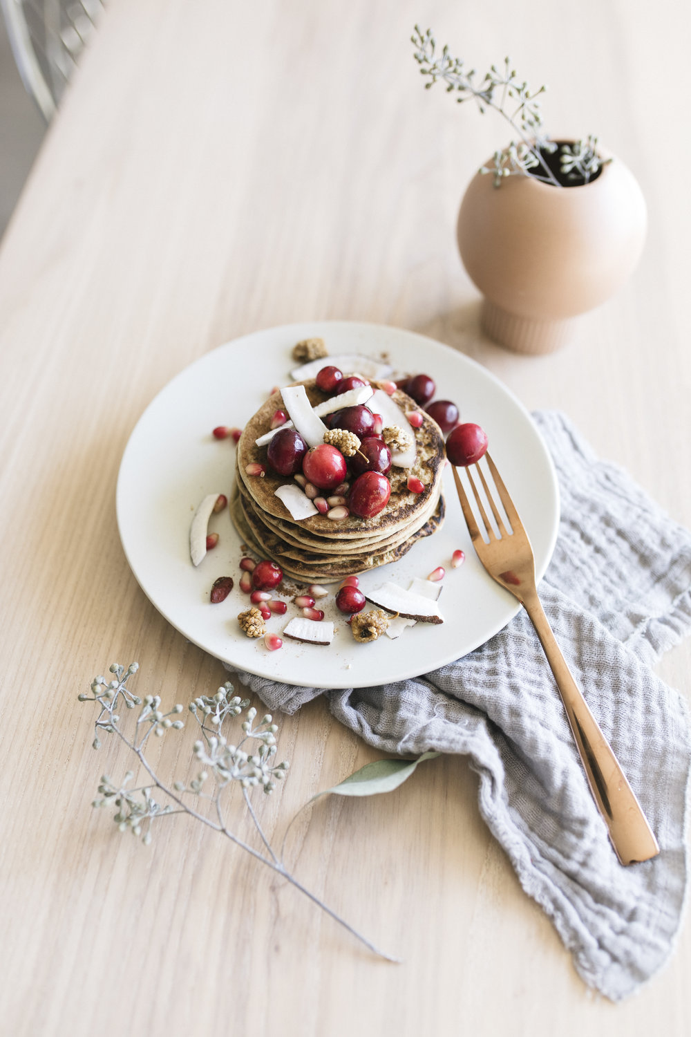 There pancakes are easy and stress free to whip up in the morning and bring a little holiday cheer into your healthy breakfast