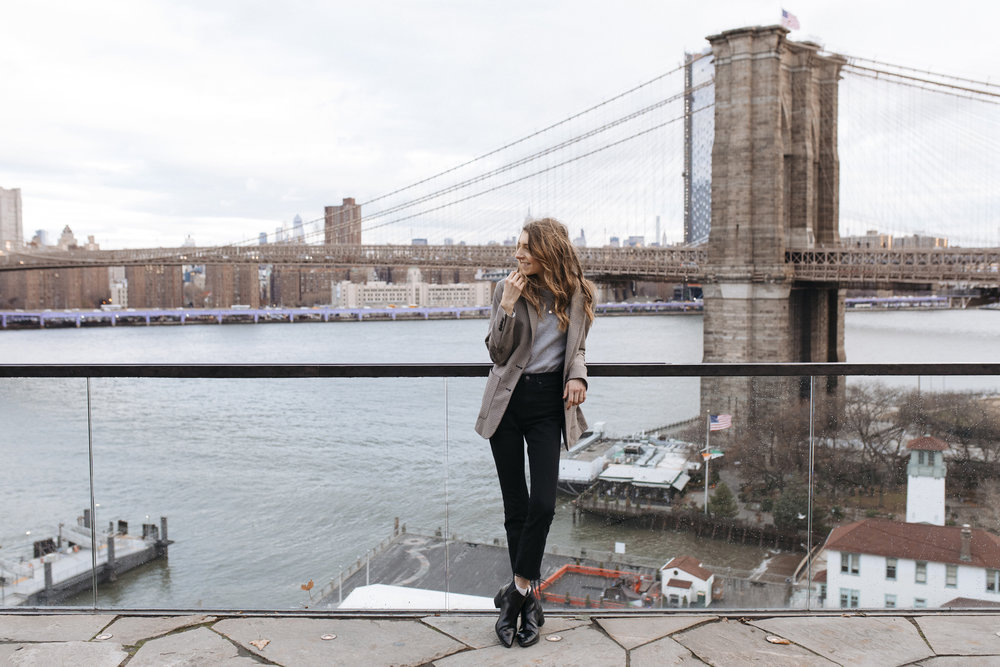 NYC and adventures in Manhattan or Brooklyn are beautiful in the winter time. I wrote a travel diary below for you if you are on your way to explore