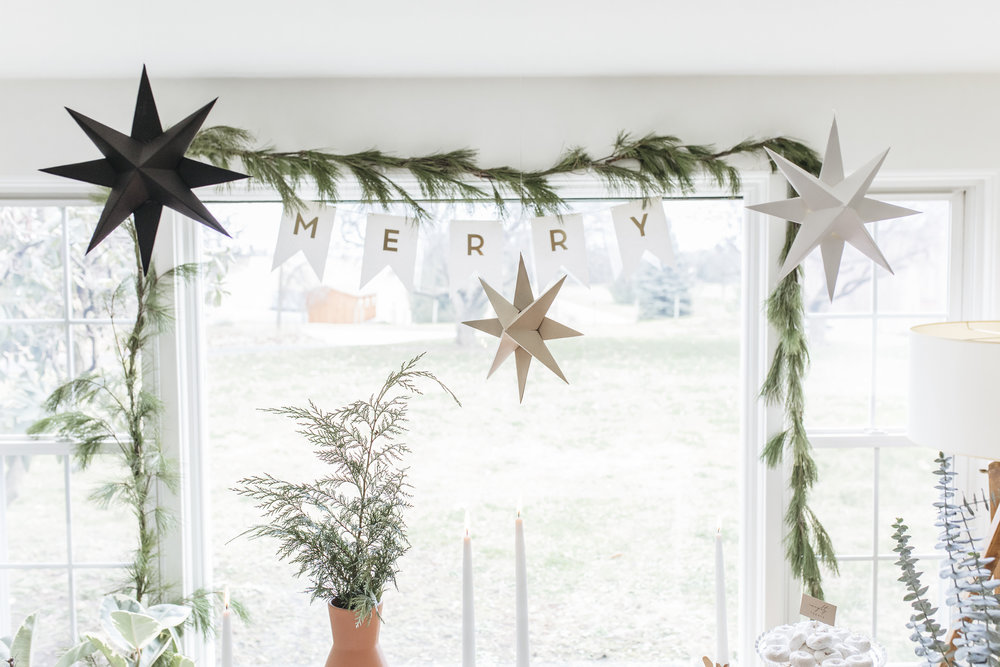 christmas-eve-party-inspiration (9).jpg