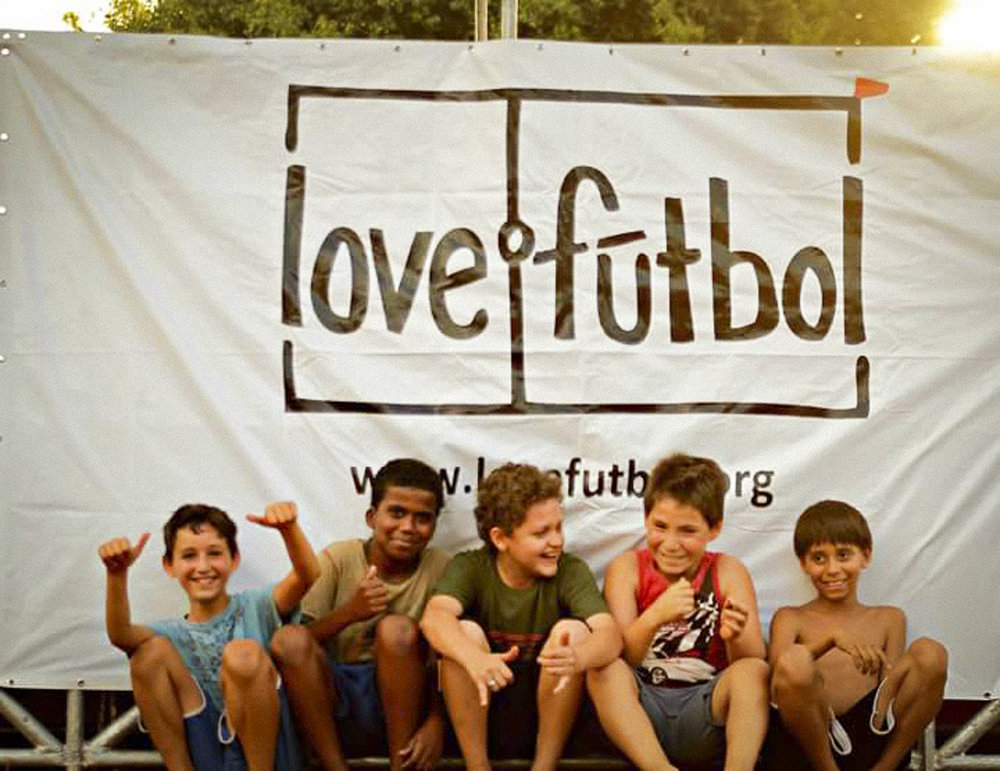 lovefutbol pitch-13.jpg