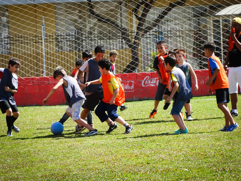 lovefutbol-pitch-11_2.jpg