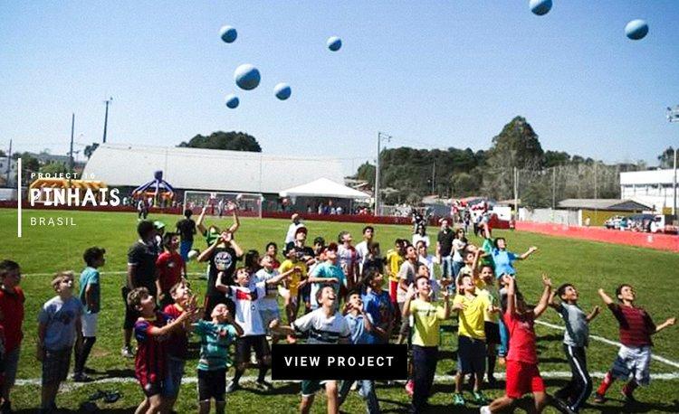 Pinhais-Brazil-love-futbol-CocaCola.jpeg
