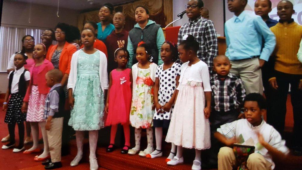 childrena choir.jpg