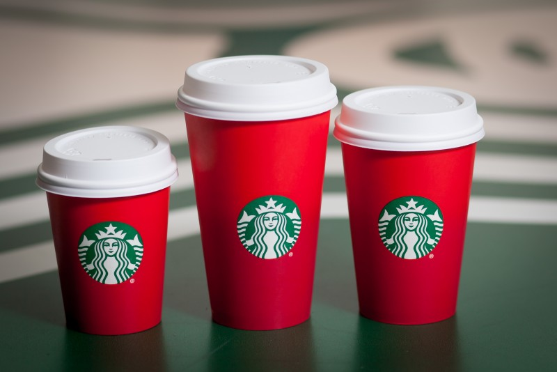 Starbucks_Red_Holiday_Cups_2015