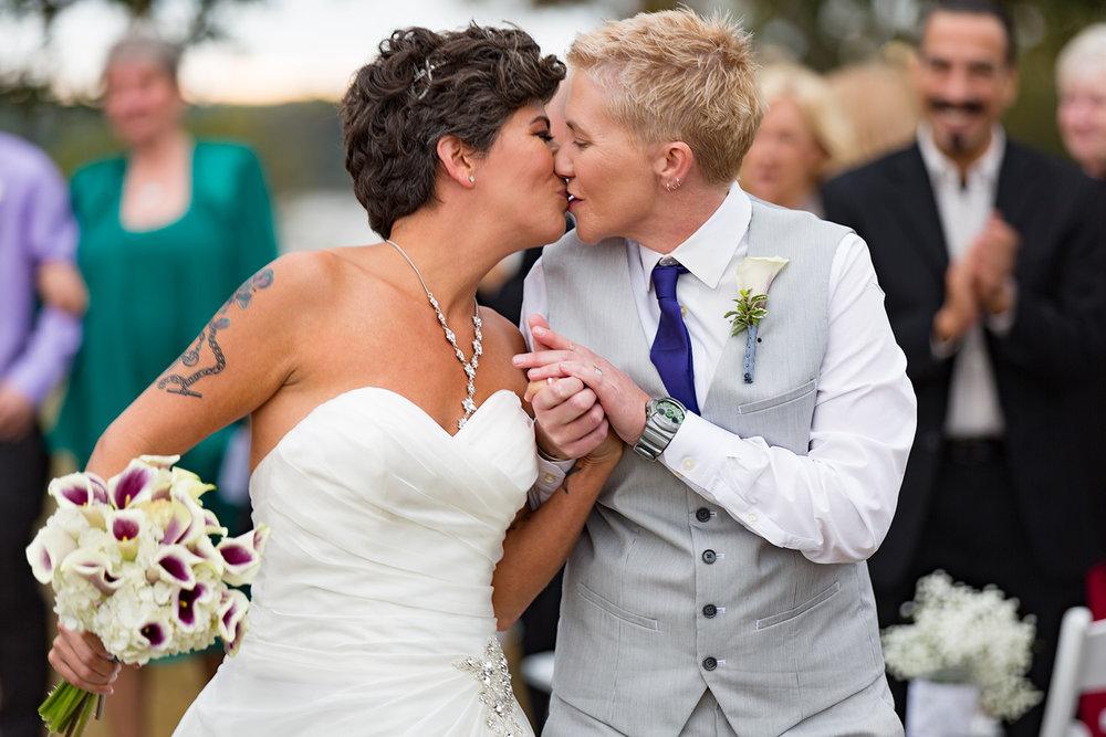 winfrey-point-same-sex-wedding.jpg