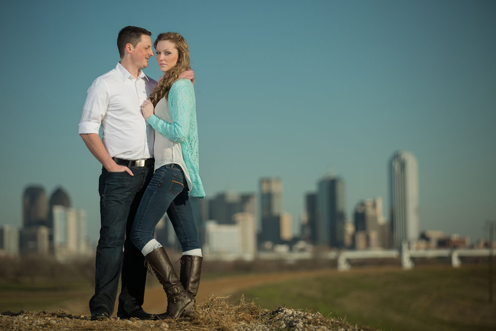 dallas-skyline-engagement-shoot.jpg
