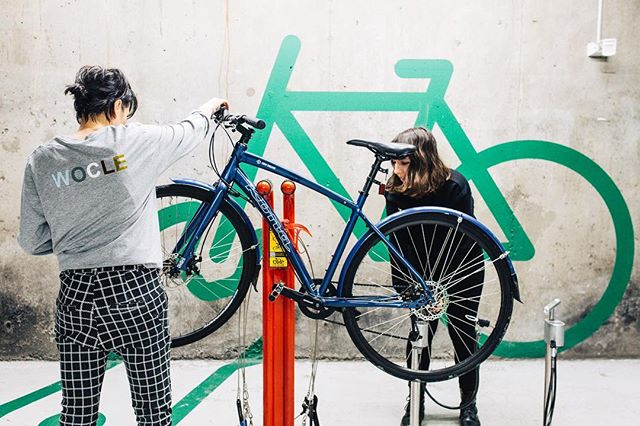 Fresh pics from our photoshoot with the super talented @sarahlayphoto to celebrate Wocle's decent on  @rmituniversity in June with a pop up space. We will be providing safety checks and basic servicing. More deets to come. 📸 by @sarahlayphoto 👚 by @featherandspear • • #bicycle #bicycleservice #popupshop #melbourne #rmit #rmituniversity #rmitlife #cyclechic #cyclestyle #wocle