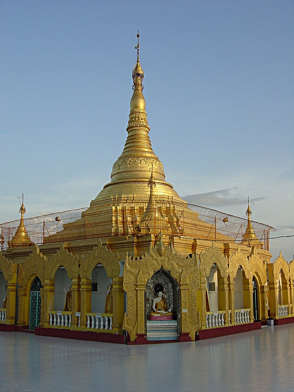Kawthoung Temple