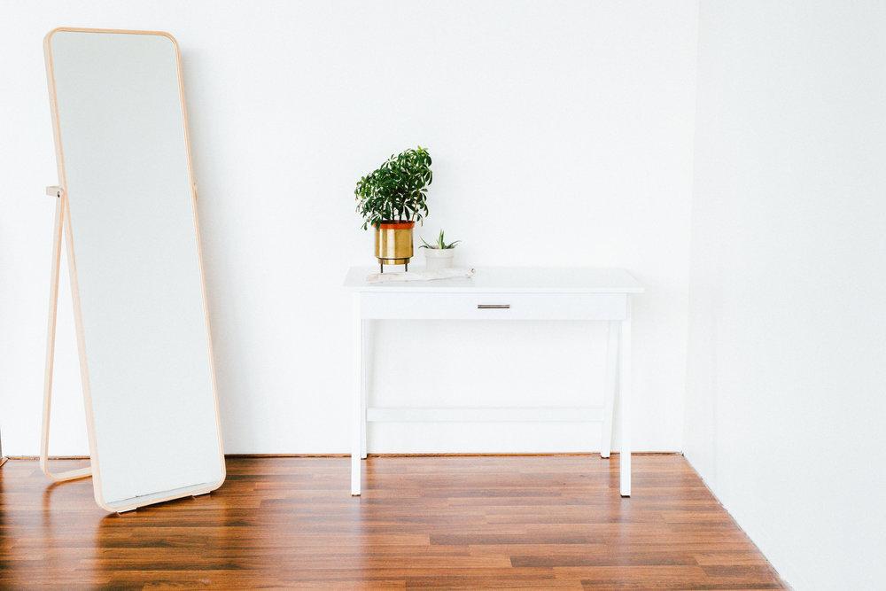 Desk before.jpg