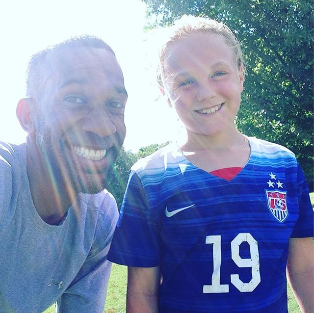 They say everyone has a twin. Meet mini @julieertz aka Crosby. She is tenacious, bold , has an extremely high work ethic ,creative on the ball... and she's only 9👏🏽👏🏽💯#letsgohigher#develop#teachthemyoung#havefun