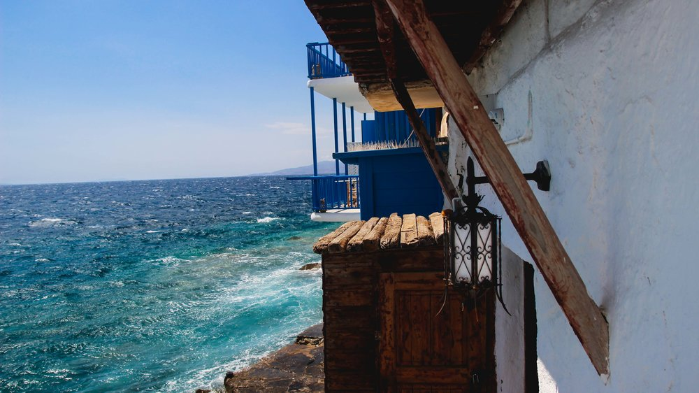 Photo by Robert Ravenscroft | Brooklyn, New York | Austin, Texas  Photo taken in Mykonos Greece using Canon | Sigma