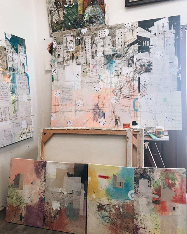 Salifou Fouanta's atelier with (DIANE) @voodart the founder of the amazingly inspiring #dianeaucameroun #africanartist #cameroon #hakohankson #painter #art #salifoufouanta #punuhunter
