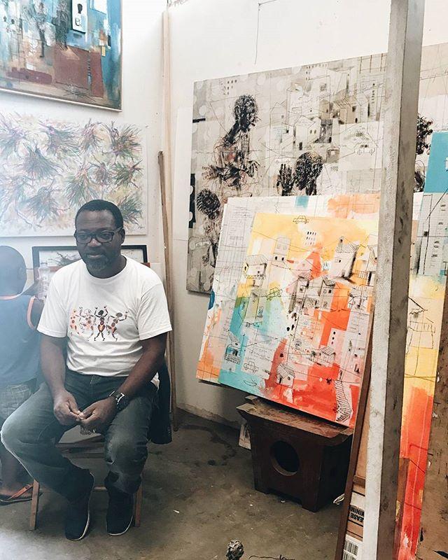 Salifou Fouanta's atelier with (DIANE) @voodart #dianeaucameroun #africanartist #cameroon #hakohankson #painter #art #salifoufouanta #punuhunter