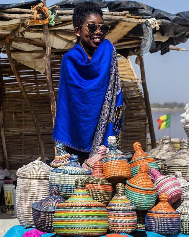 Variety of colors, shade of blue around multicolored handcrafted baskets. @chistory_ shot by @nicolas_diop92  #vscophoto #senegal #senegalphotograp #africancrafter #africa #senegal #handmade #everydayafrica #womenempowerment #punuhunter #GenerousStorage #interiordesign #interiors #interiors #design