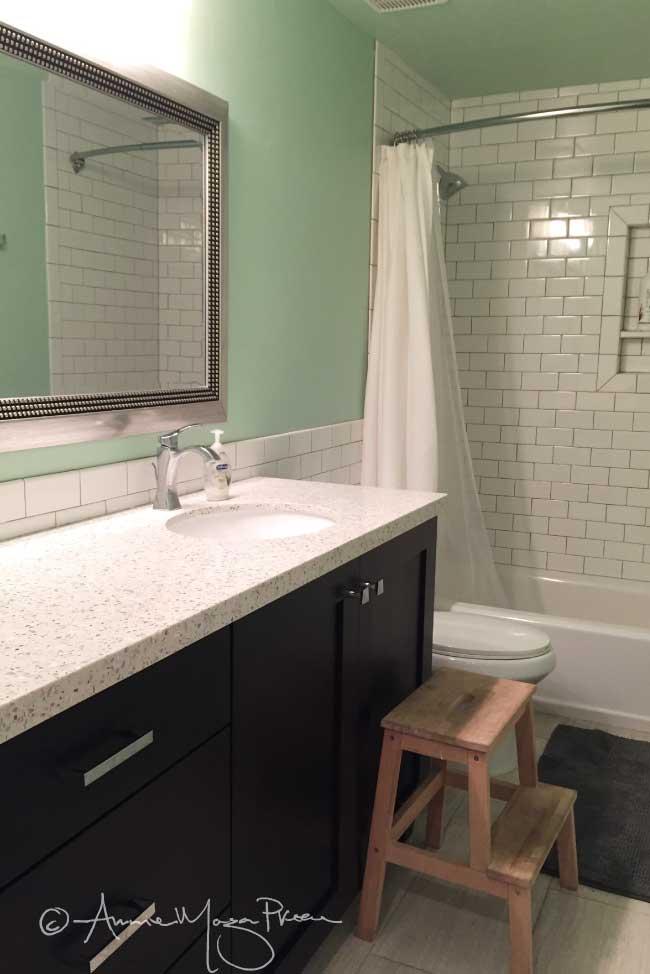 basement-boys-bath.jpg
