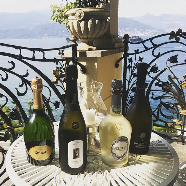 Did someone say prosecco? #italy #honeymoon #prosecco