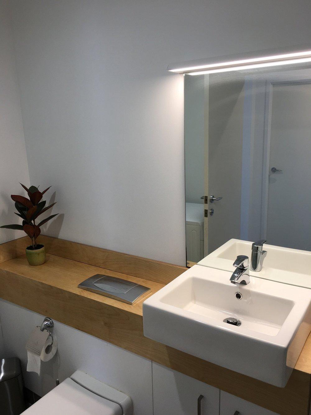 SA508 Bathroom IMG_5372.jpeg