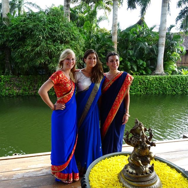 That's us! The three founders of Arrimage while we were in India, two months ago. All dressed up for the wedding day of our dear friends Diane & Pritesh. 💍#indianwedding #patel #tropicaldream #nature #starsinoureyes #kerala #saree #dressedup #colorful #yellowflowers #travelphotography #friendship #swissdesigners  #arrimage #ecal #laure #melissa #marieanne #moulettes #memories