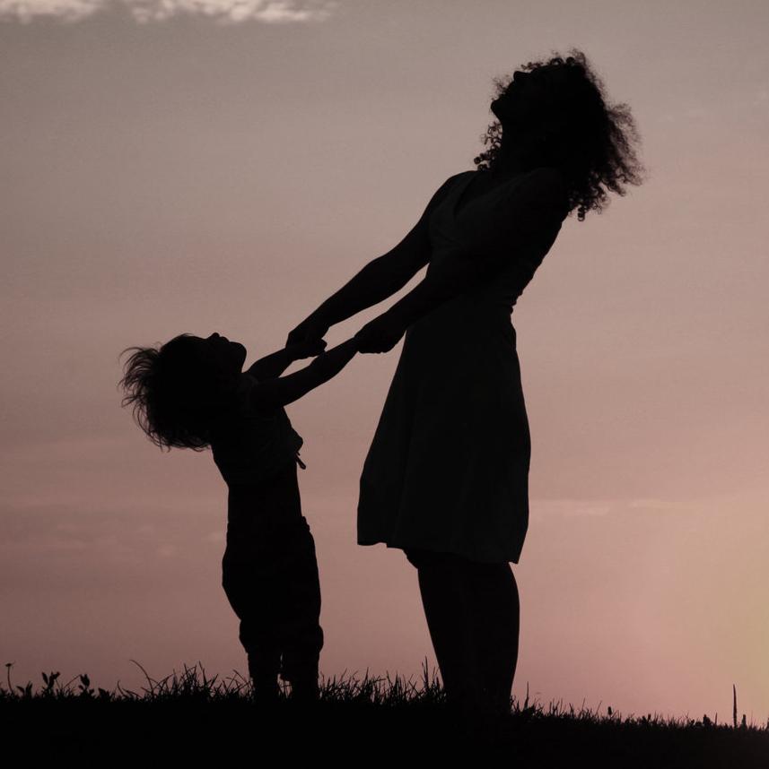 Äitienpäiväessee: Armosta