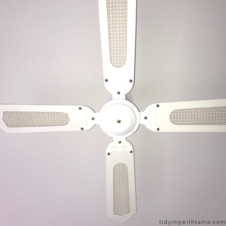 How to clean ceiling fans with baking soda vinegar tidying with cleanedceilingfang aloadofball