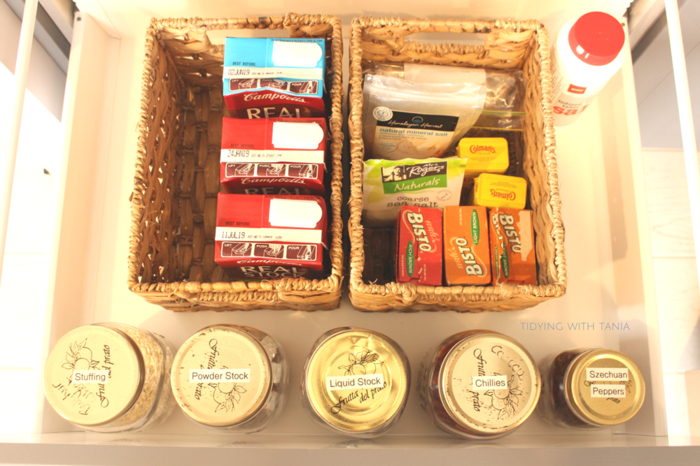 Label_lids_pantry_drawers.png