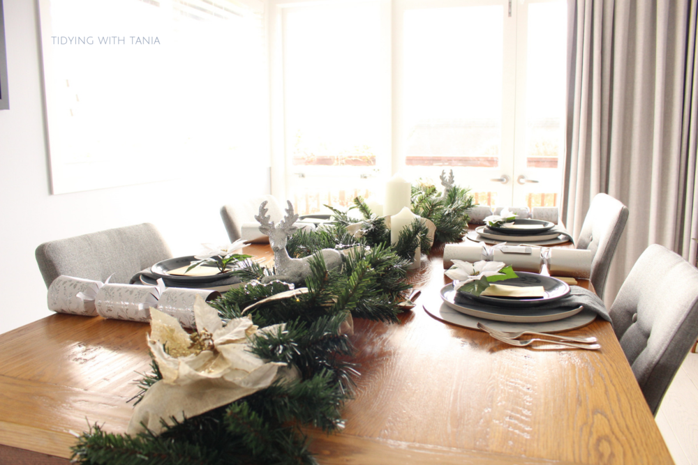 Christmas table setting in dinning room.png