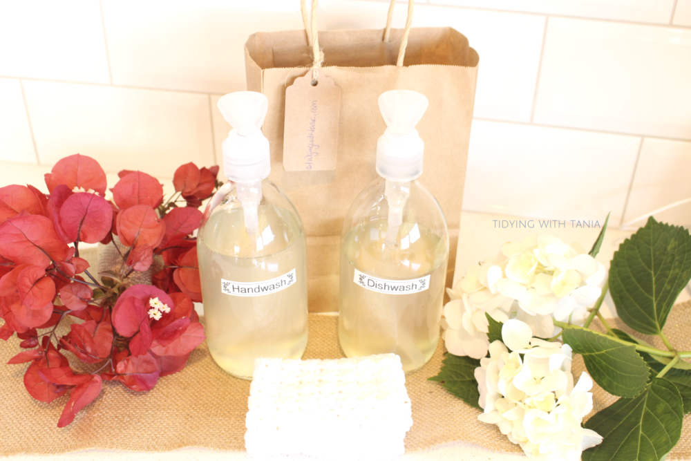 Handwash and dishwash in glass jar