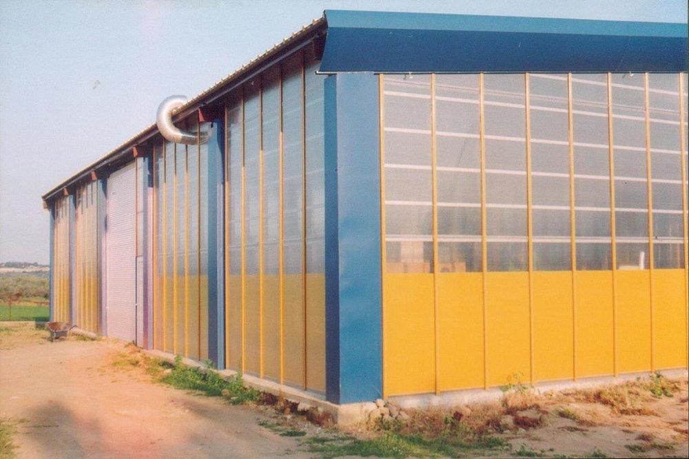 """Το 2004 η εταιρεία """"Ανδρούτσος - κατασκευές μηχανημάτων"""" μεταφέρεται σε νέο ιδιόκτητο χώρο στην Κόρινθο."""