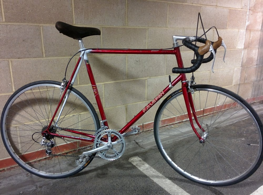 1984 Raleigh Sirocco -  Sold   Servicing -  New seat stay, new front wheel and tyres, full strip down, check and rebuild.   November / December 2016